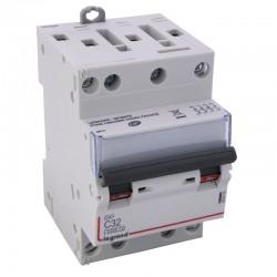 Legrand - Disjoncteur DX³ 6000 -vis/vis- 4P- 400V~-32A-10kA-courbeC-peigne HX³ opti 4P -3M - Réf : 407910