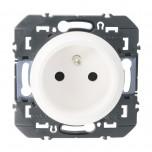 Legrand - Prise de courant easyréno 2P+T faible profondeur dooxie 16A finition blanc - Réf : 600328