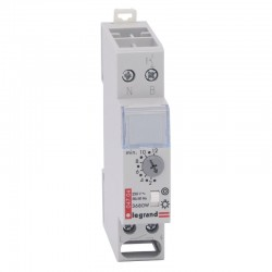 Legrand - Minuterie multifonction 230 V~ - 50/60 Hz - sortie 16 A 250 V~ - Réf : 004704