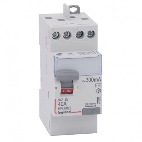 Legrand - Inter diff DX³-ID - vis/vis - 2P - 230V~ - 40A - type AC - 300mA - départ haut - 2M - Réf : 411614