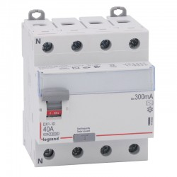 Legrand - Inter diff DX³-ID - vis/vis - 4P - 400V~ - 40A - type AC - 300mA - départ bas - 4M - Réf : 411665